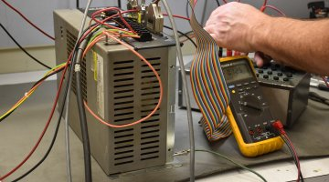 Giddings & Lewis Servo Drive Repair | Precision Electronic Services, Inc