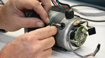 Servo Motor Expert Repair | Precision Electronic Services