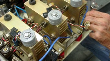 Siemens repair precision electronic services inc for Siemens servo motor repair